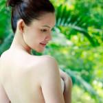 Thuốc nở ngực không chỉ tăng kích cỡ vòng 1 mà còn giúp trắng da mềm tóc