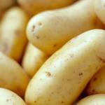 Cách trị tàn nhang bằng khoai tây và sữa chua