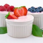 Những thực phẩm thay thế sữa rửa mặt cho da nhờn