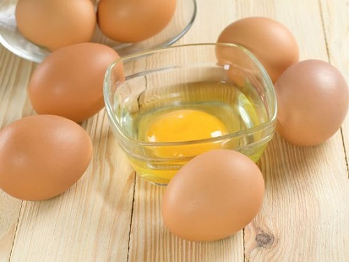 Cách chữa ho cho người lớn bằng trứng gà